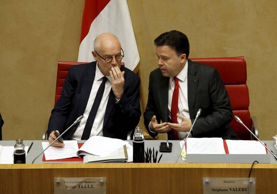 Le ministre d'État Serge Telle et le président du Conseil national Stéphane Valeri, hier, dans l'hémicycle, à l'ouverture de la première séance publique du budget rectificatif 2018.