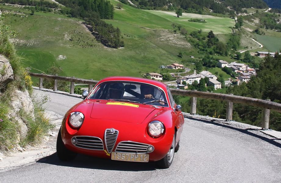 Une Alfa Roméo Zagatto de 1960 ouvrira les épreuves.(DR)