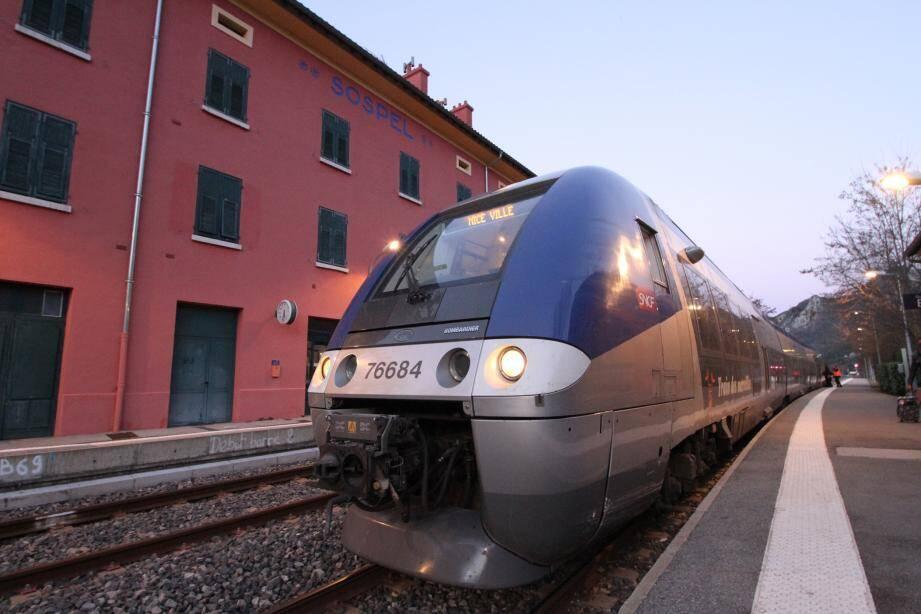 La gare de Sospel : pas de fermeture du guichet mais une forte réduction de ses horaires.