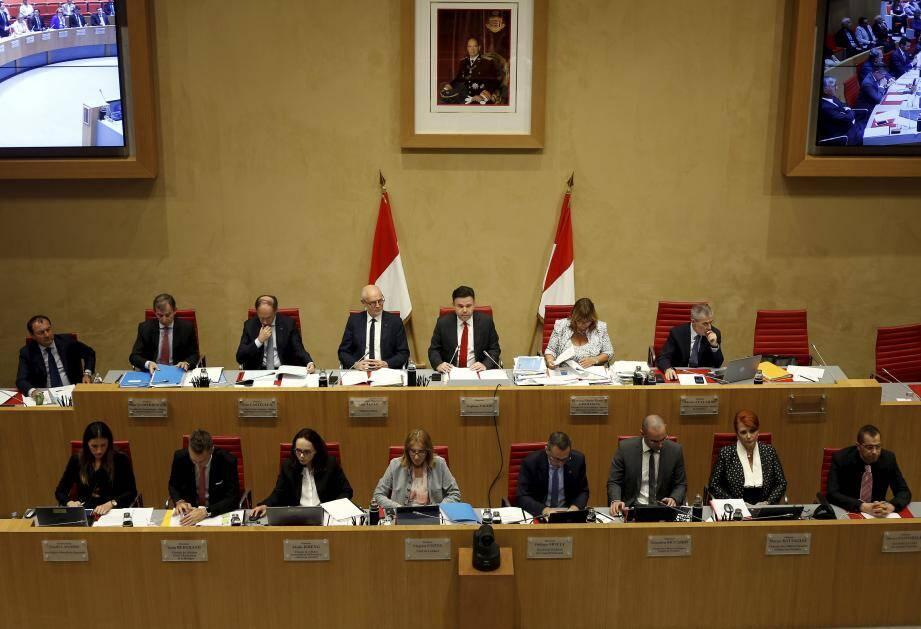 Les débats ont repris hier soir, au Conseil national pour une deuxième séance publique avant le vote de demain soir.