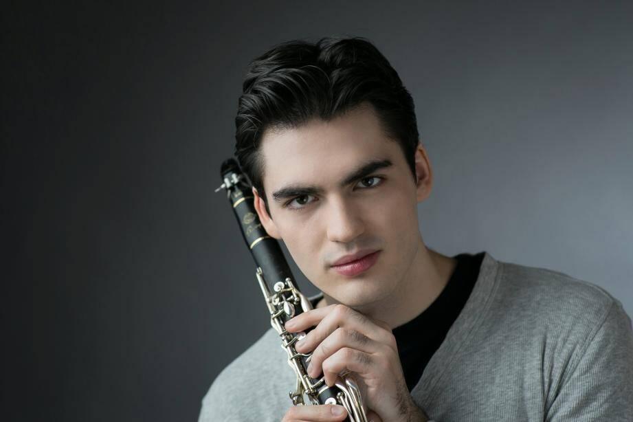 Raphaël Sévère en concert demain soir au théâtre Alexandre-III. (DR)
