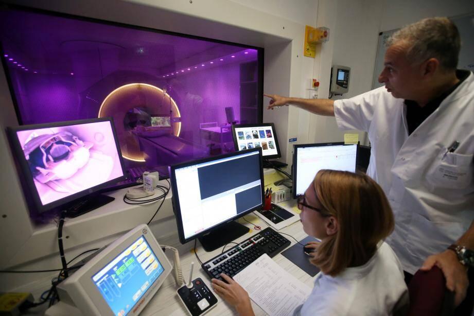 Une imagerie par résonance magnétique particulièrement performante au centre hospitalier d'Antibes-Juan-les-Pins.