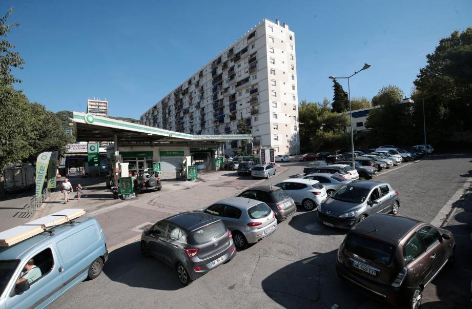 Les riverains ne veulent pas du marché sur ce site de Nice nord, qu'il considère comme saturé de voitures.
