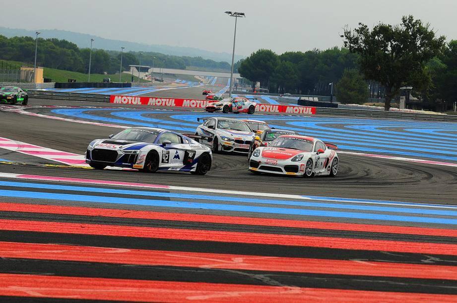 En finissant l'ultime sprint dans le top 6, au Castellet, Greg Guilvert et Fabien Michal propulsent in extremis les anneaux Audi au palmarès du FFSA GT.