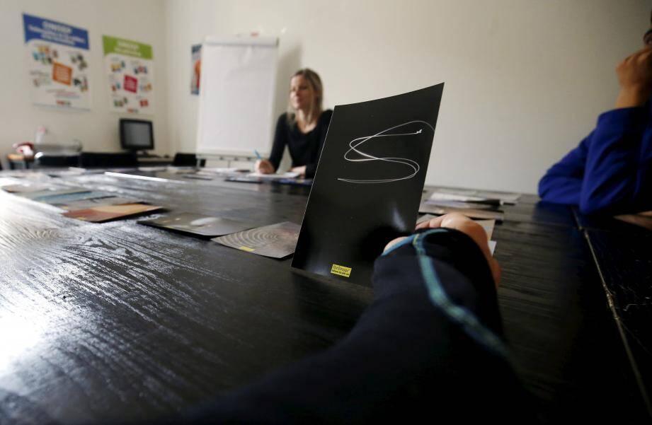 Hier, une psychologue de l'Éducation nationale du CIO a animé un atelier de « photo-langage » pour des collégiens en difficulté.