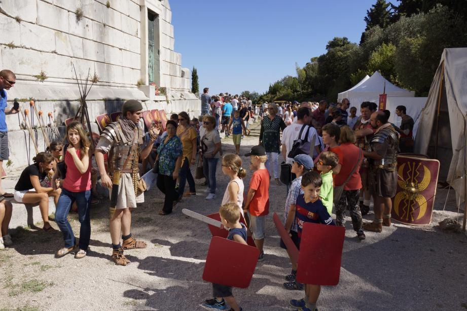 Le Monum propose de revivre à l'époque romaine, comme ici, à l'occasion de la IIIe Grande Journée romaine, en 2015.