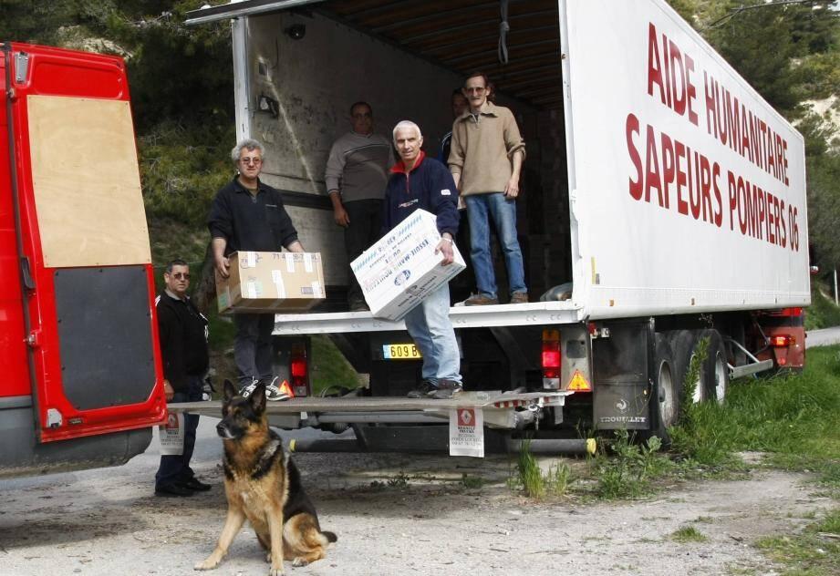 En 2013, lors du chargement pour les sinistrés d'un séisme en Italie. (Archive N.-M.)