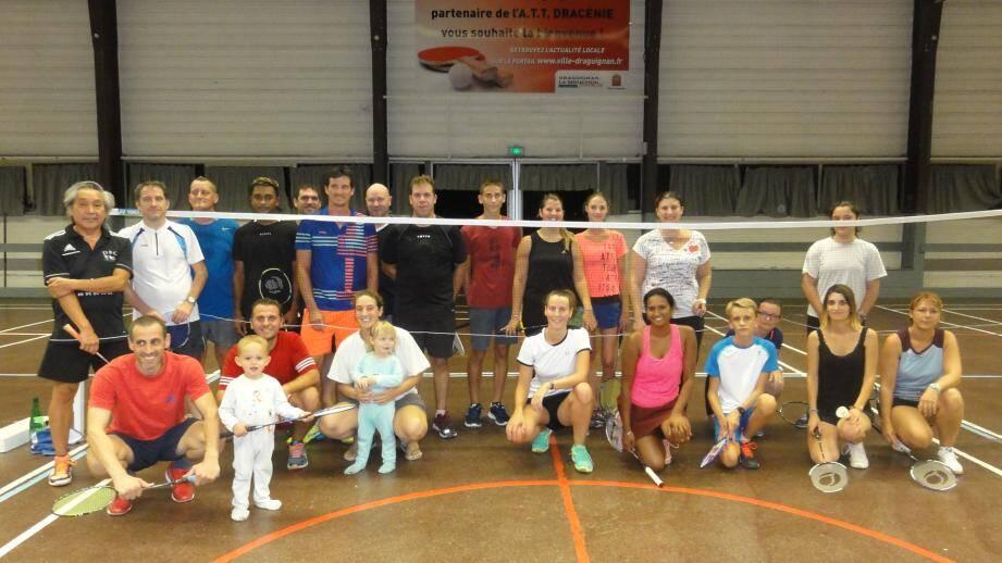 Tout sourire les représentants du Draguignan Badminton Club.