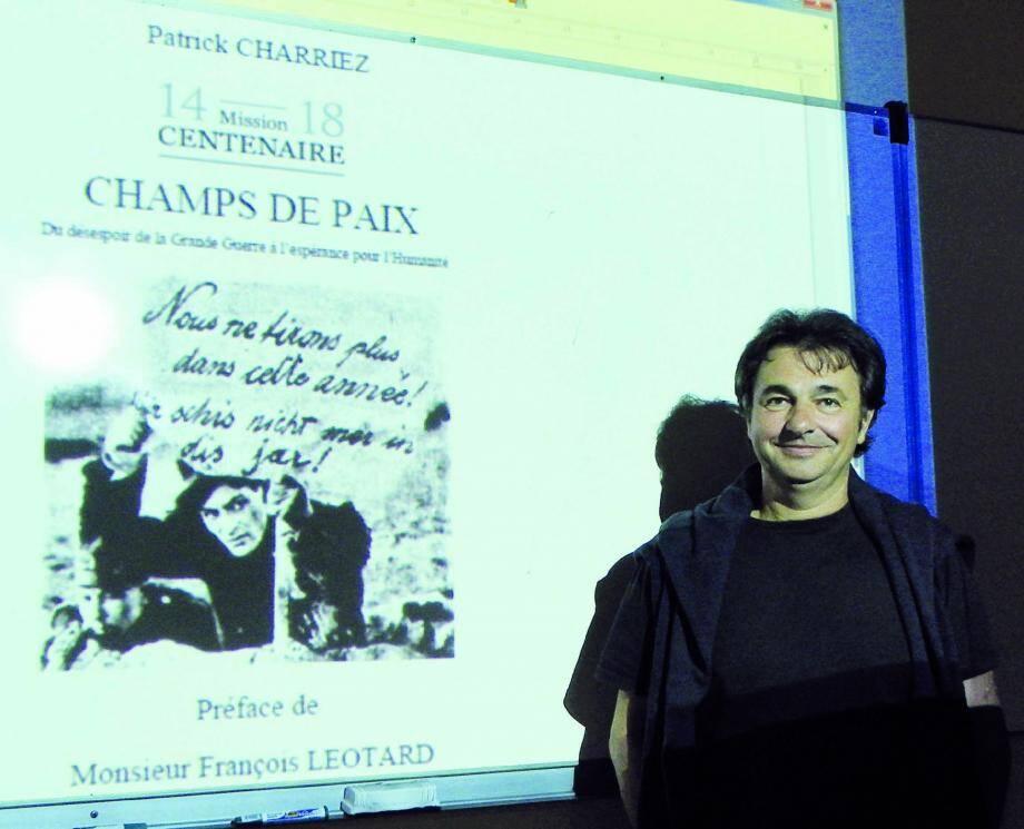 Patrick Charriez, un professeur de maths à la vocation poétique.