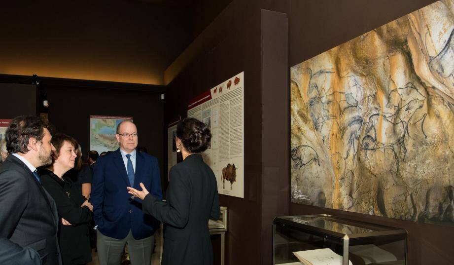 Le souverain a découvert, jeudi soir, l'exposition L'Art préhistorique et protohistorique visible  jusqu'au 31 janvier.