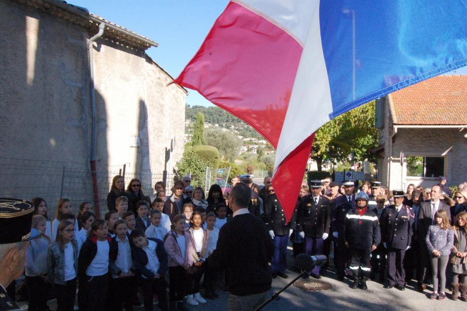 La jeunesse est toujours largement représentée lors des cérémonies patriotiques à La Colle-sur-Loup et Saint-Paul-de-Vence.