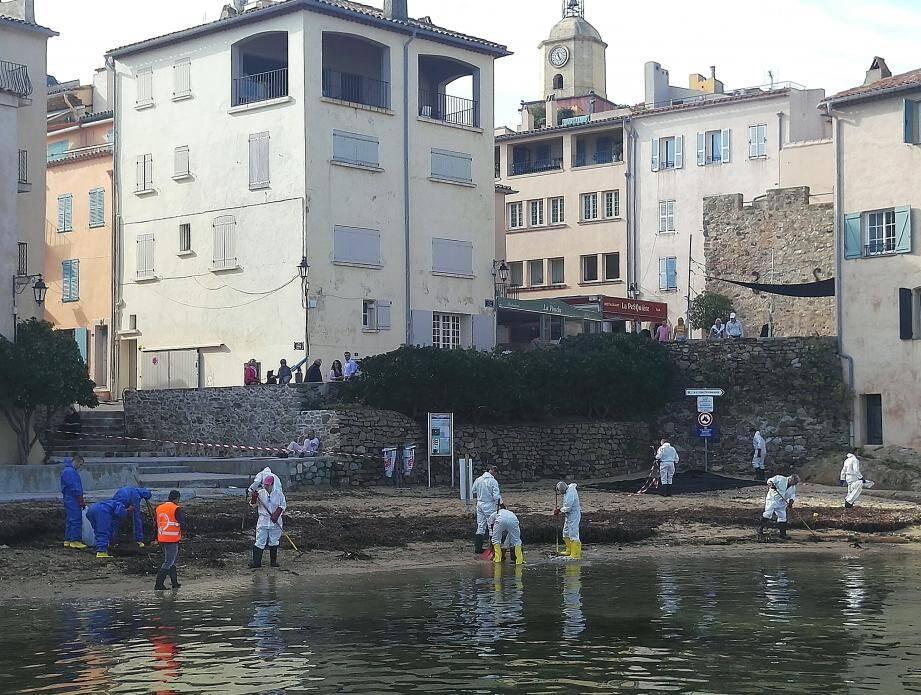 Les pompiers du centre Var étaient à pied d'œuvre à Saint-Tropez hier avec la sécurité civile.