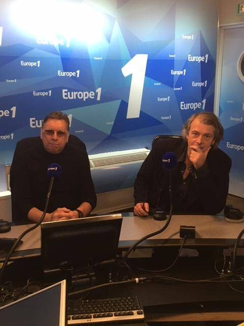 Bruno Brel, le neveu de Jacques (à gauche), et Stéphane Loisy ont entamé une tournée médiatique, à l'occasion du quarantième anniversaire de la disparition de Jacques Brel, pour présenter leur ouvrage.
