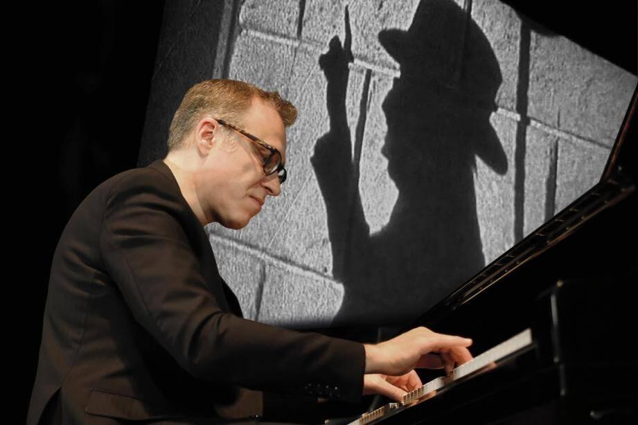 Le pianiste avait déjà mis en muique Le Fantôme de l'Opéra à Monaco.