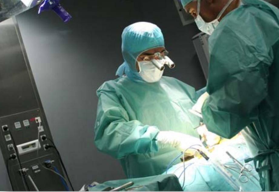 « À peine un patient sur dix parmi ceux qui consultent est éligible pour une intervention chirurgicale », rappelle le Dr Taylor. (DR)
