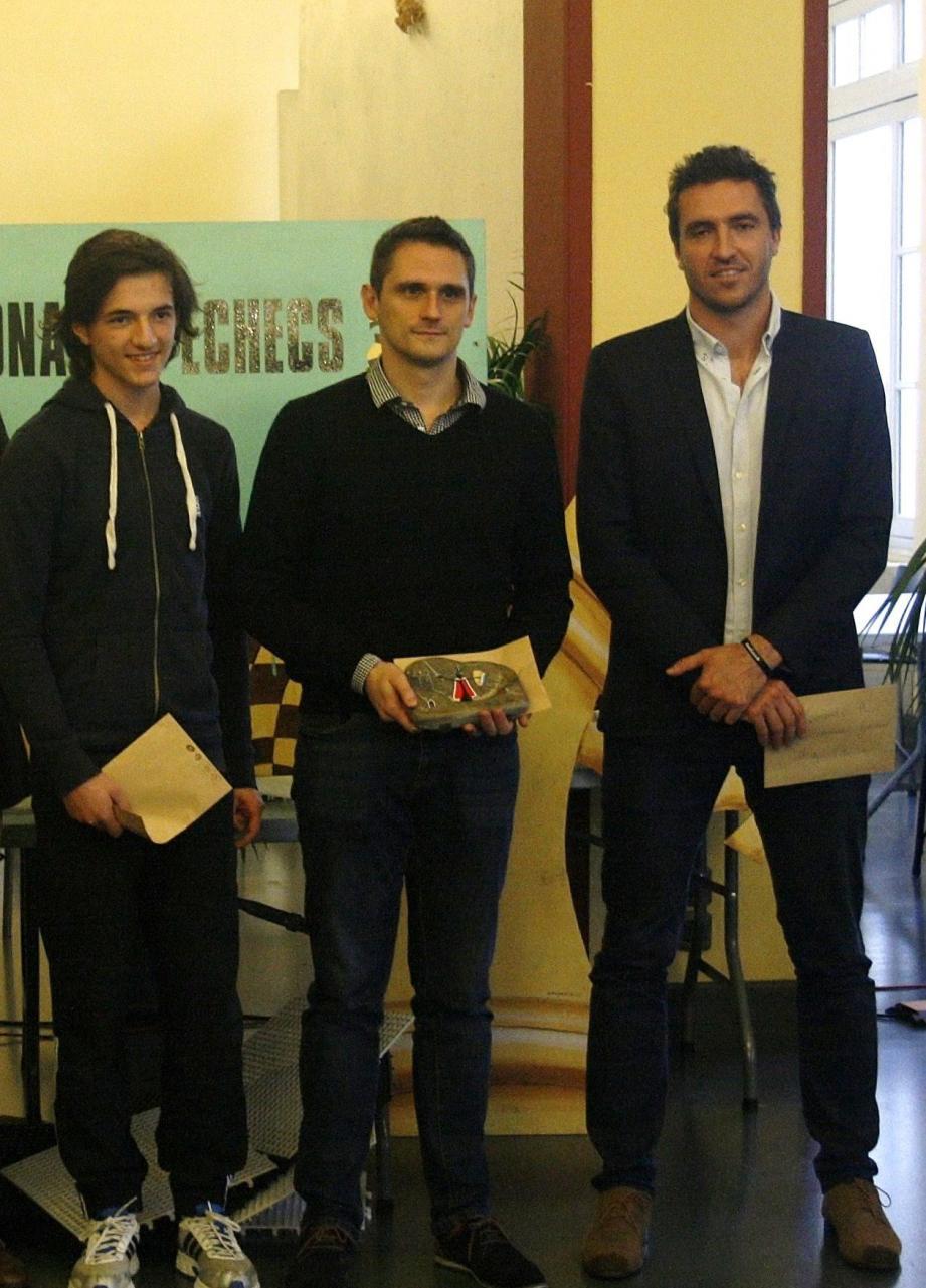 Les trois finalistes du Tournoi A.