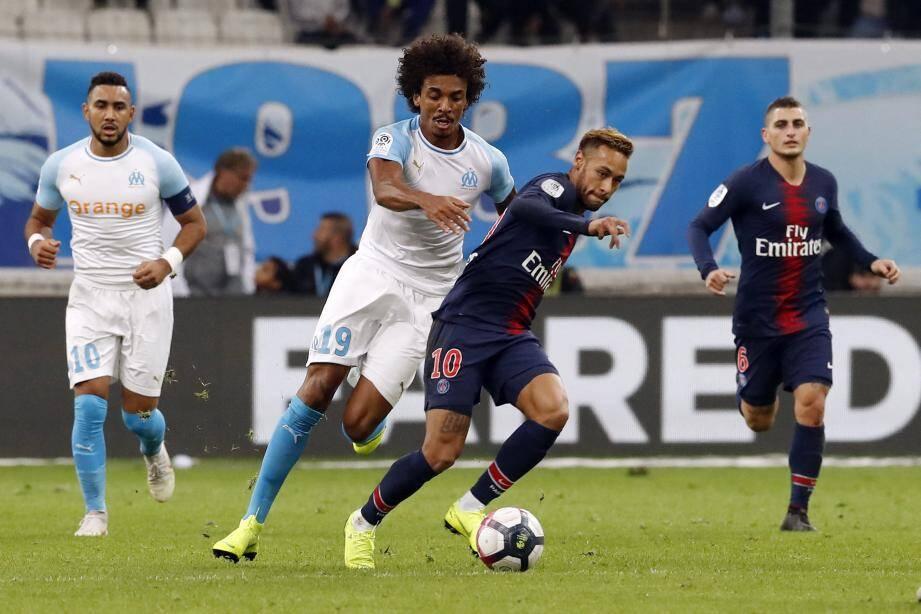 Luiz Gustavo et les Marseillais n'ont pas démérité face au PSG de Neymar. Mais la vitesse et le talent de Kylian Mbappé, tout juste entré en jeu, ont fini par ruiner les espoirs des Phocéens.