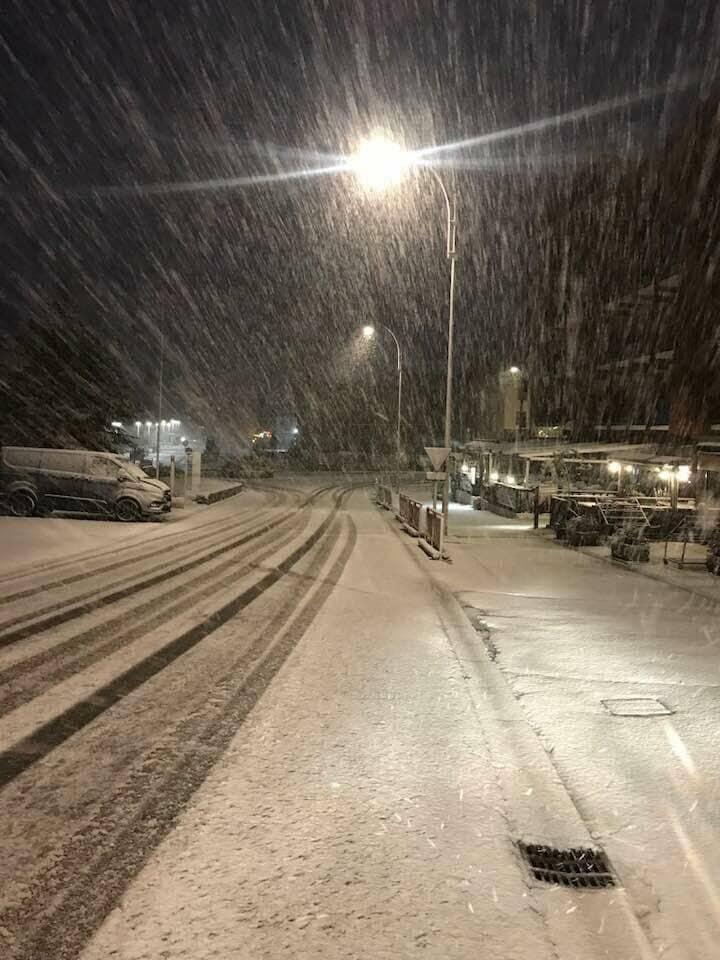 La station de Valberg, à 1500 m d'altitude, a été recouverte d'une fine couche de neige.(DR)
