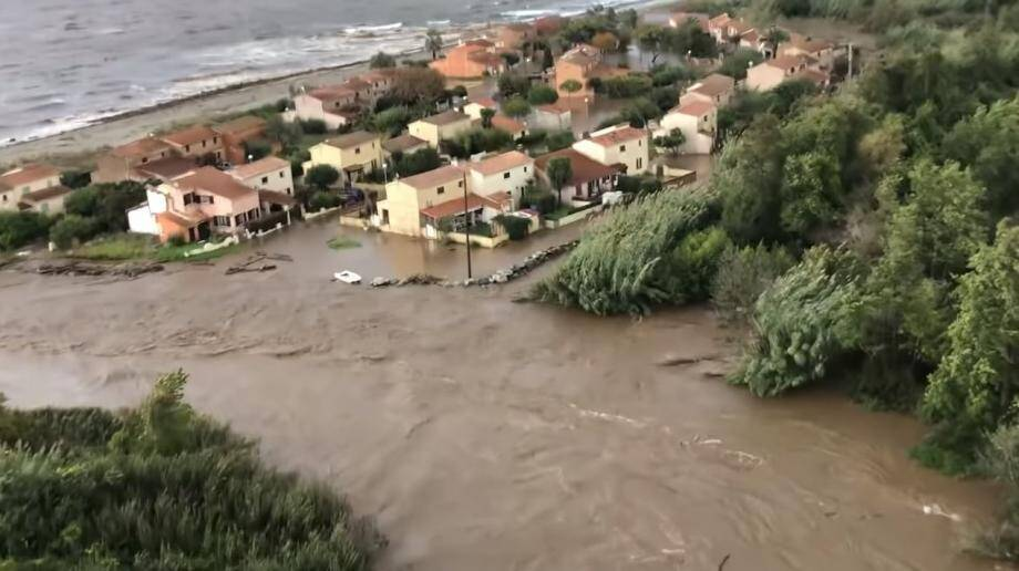 Le survol des inondations en Corse.
