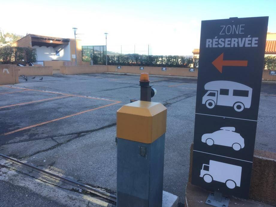 Le parking est ouvert aux véhicules hors gabarit depuis lundi 15 octobre.