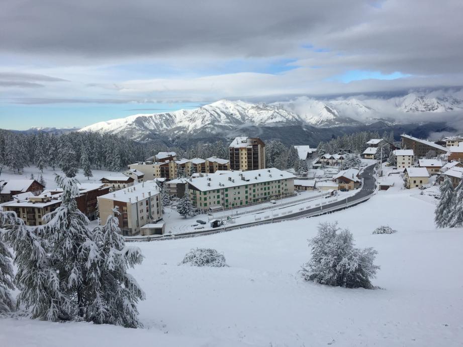 À Valberg, les premières neiges arrivées. Pour la date d'ouverture des pistes, il faudra en revanche patienter.