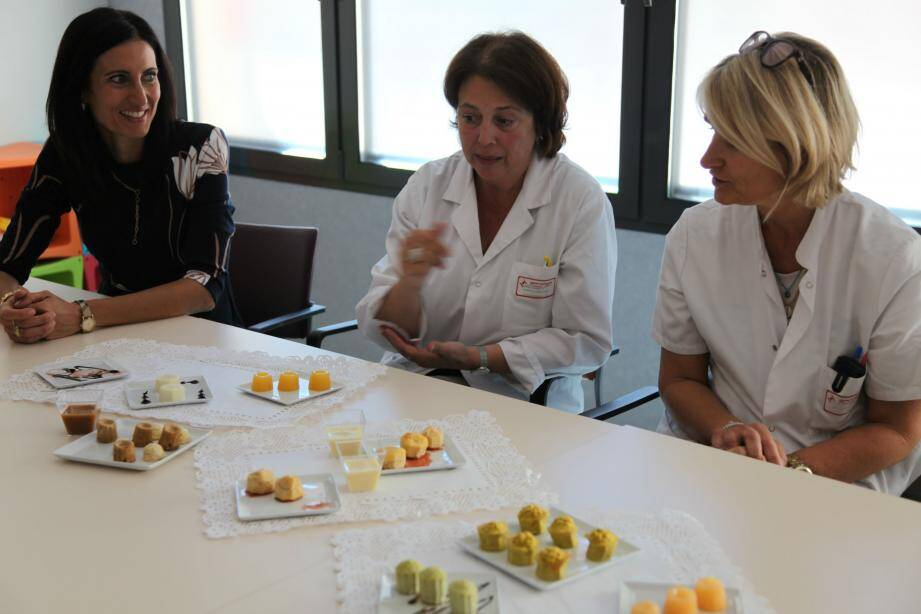 Autour de Françoise Maechling, qui a développé ces menus, Laure Santori et Sandrine Louchart de la Chapelle encadrent la filière gériatrique.