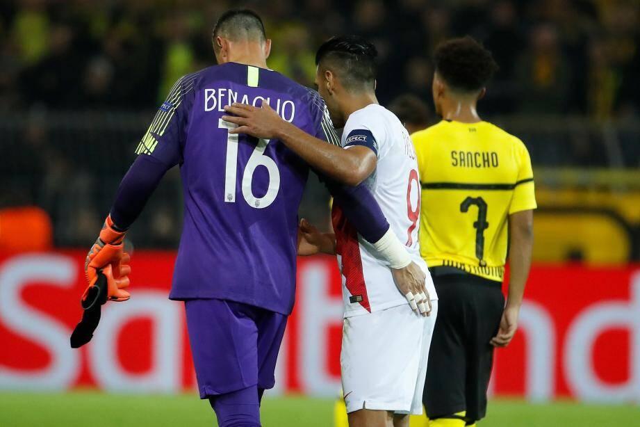 Le gardien suisse Diego Benaglio est sorti en fin de première mi-temps.