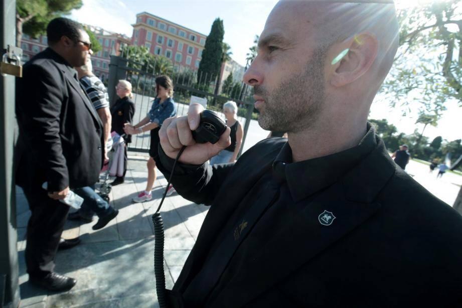 C'est acté: des agents de sécurité privée seront armés... et ça fait polémique