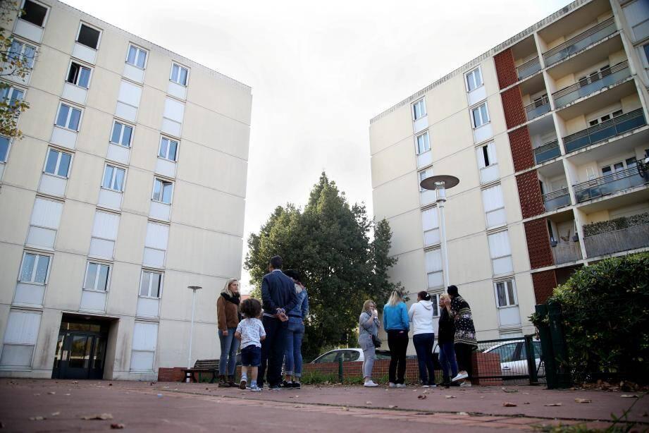 Une partie des résidents du Karmel pointe l'état de délabrement des immeubles.