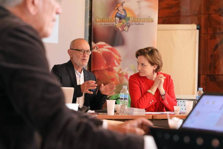 « La cuisine niçoise est bien vivante », a affirmé Alex Benvenuto en présentant, mardi, le dossier de demande d'inscription à Isabelle Chave, conservateur en chef du patrimoine, au ministère de la Culture.