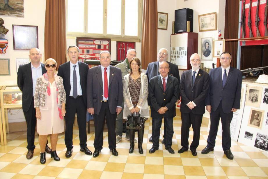 Inauguration de l'exposition proposée par l'Union Nationale des combattants au Foyer du Poilu.