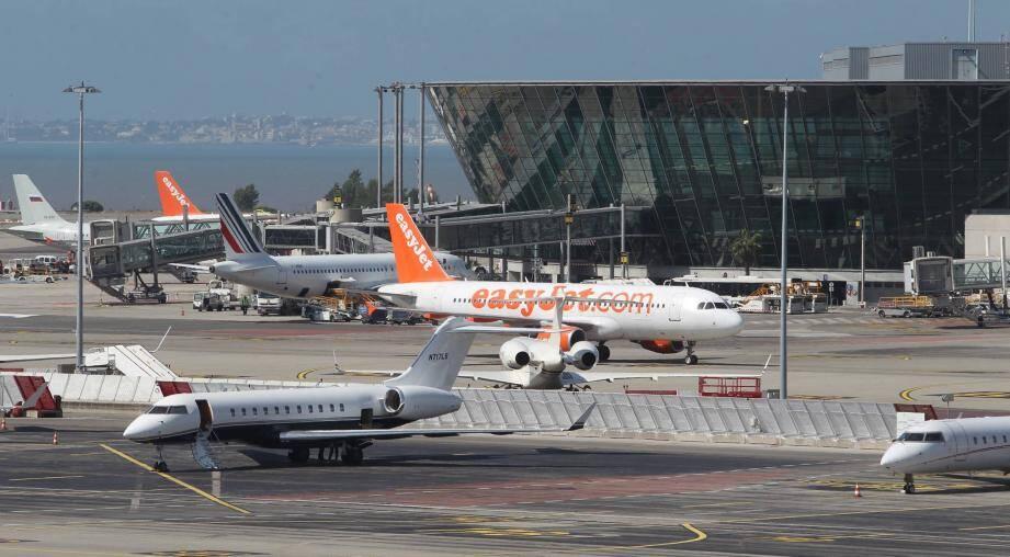 D'après Jean-Louis Baroux, la flotte d'easyJet, très moderne, pourrait faire de l'ombre à Air France. Et c'est pour cela que l'aéroport d'Orly serait, encore aujourd'hui, limité dans le nombre de mouvements.