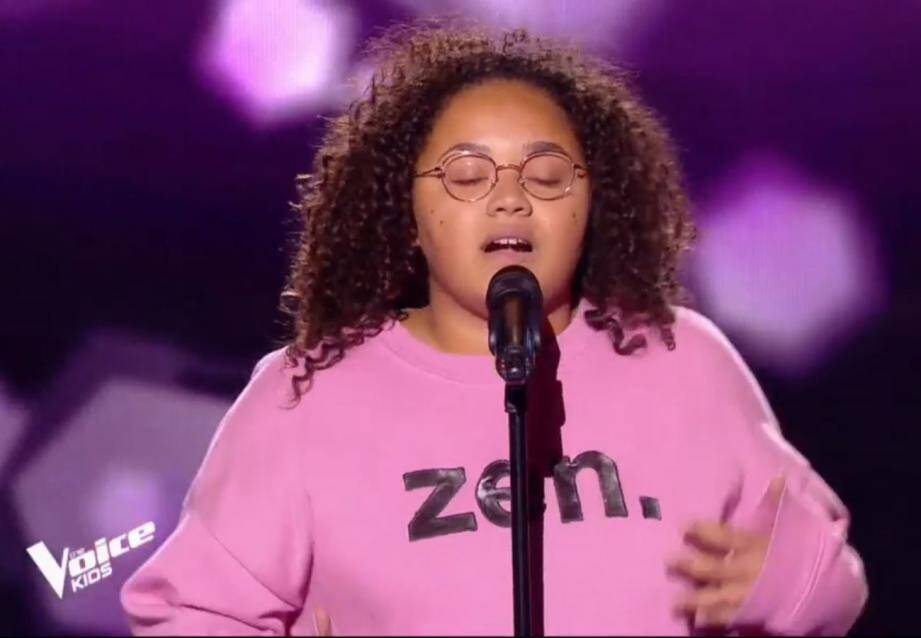 Madison, 16 ans originaire de Menton va défendre ce soir, sur TF1 à partir de 21 heures, sa place dans l'équipe du rappeur Marseillais Soprano durant les épreuves des « battles». (Capture d'écran TF1/ The Voice Kids)