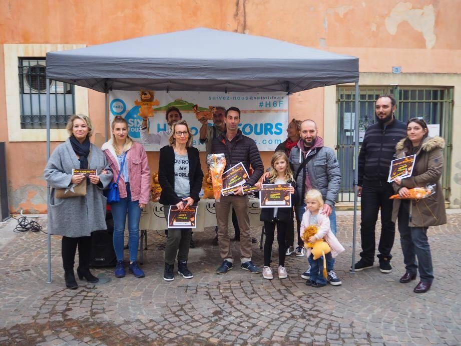 Les gagnants, comme la famille Lopez (photo à droite) sont invités à récupérer leurs lots. Certains ont déjà pu découvrir leur cadeau.