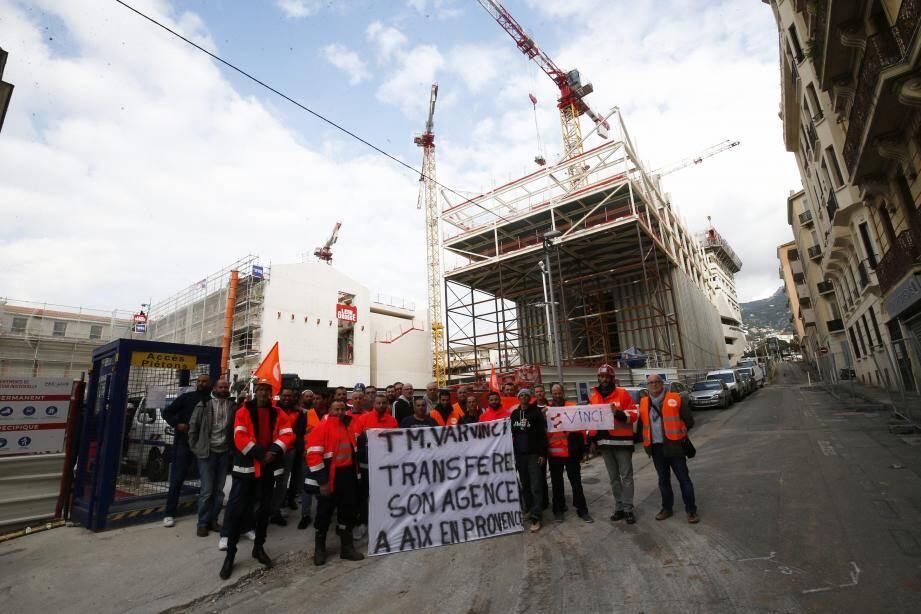 Une trentaine d'ouvriers de Travaux du Midi Var ont débrayé hier matin, à l'appel de la CFDT.