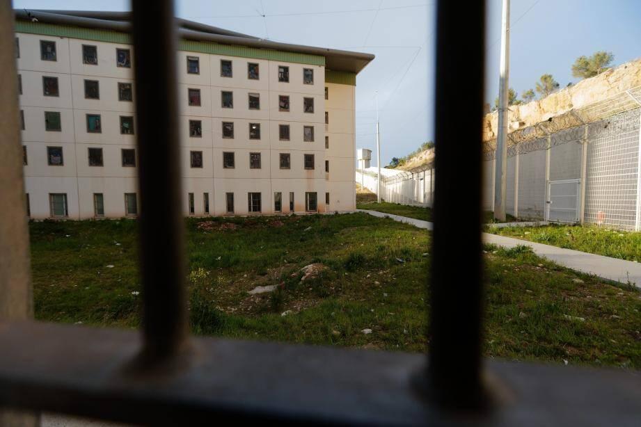 Aux Baumettes, quatre détenus manquent à l'appel.