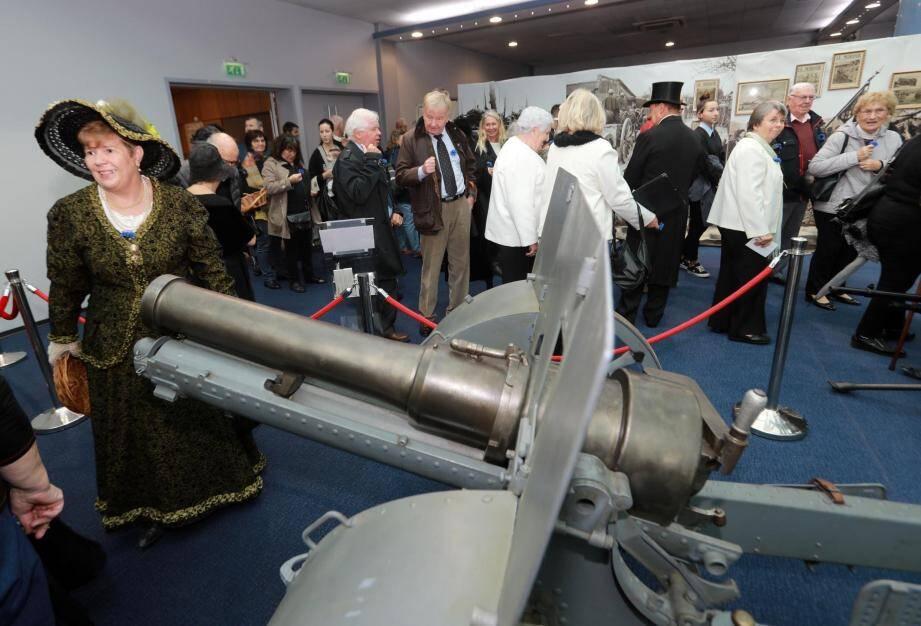 L'exposition se prolonge au forum du casino jusqu'au 25 novembre.