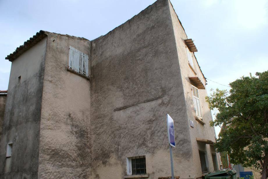 L'ancienne bâtisse de la maison Michel, affectée au pôle santé.