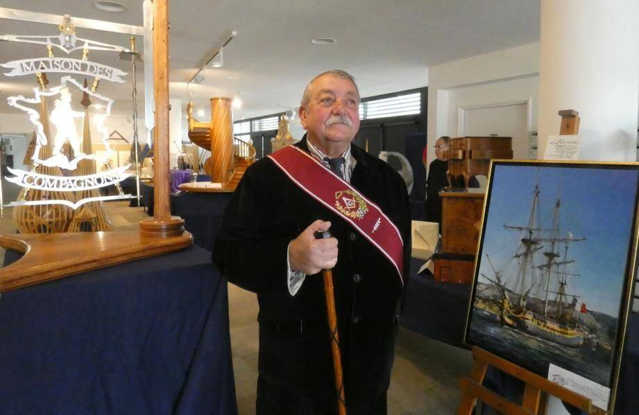 Patrick Cordier (dit : « Provençal-Le fidèle équilibre des cœurs »), président de la Cayenne de Toulon est un compagnon ferronnier-serrurier.