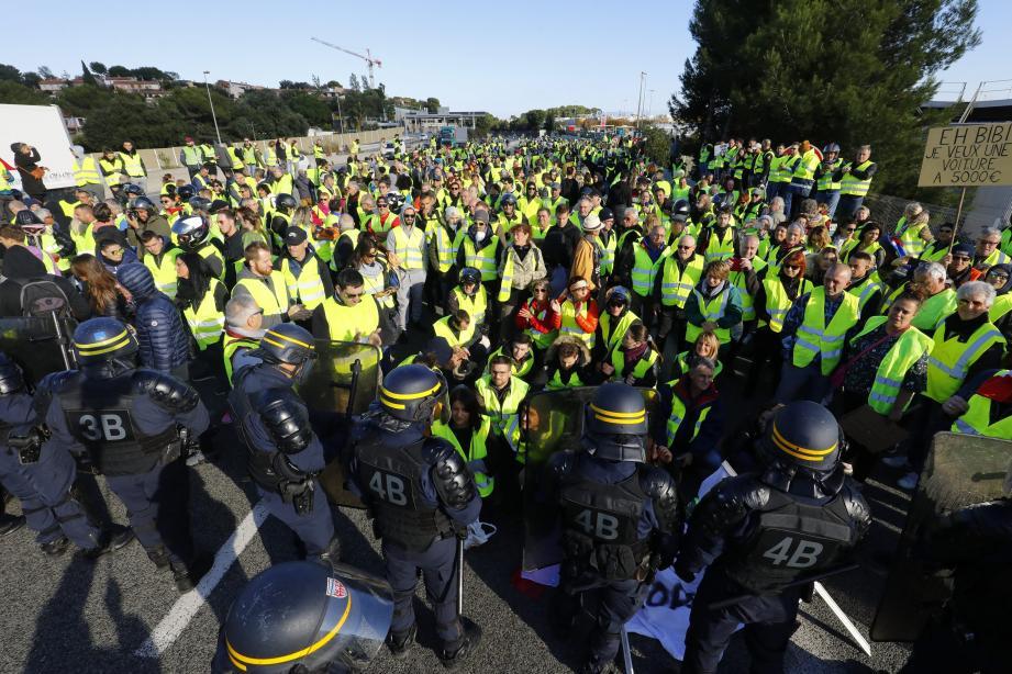 Manifestation des Gilets Jaunes le 17 novembre dans les Alpes-Maritimes.