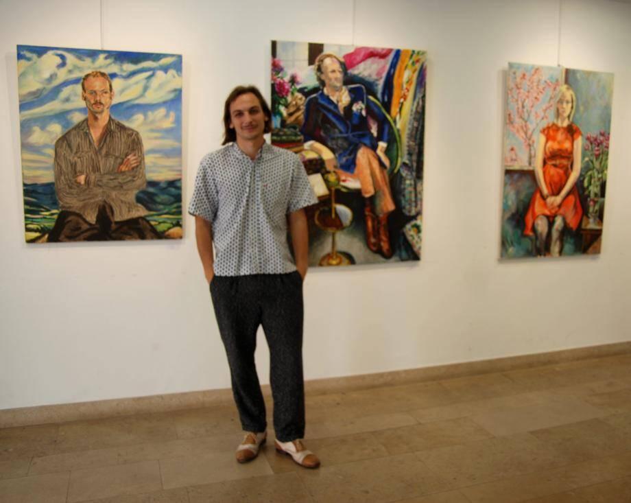 Marius Allier, jeune peintre professionnel et bandolais, à découvrir à la Maison Tholosan.