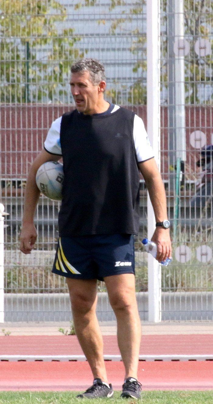 Malgré un mauvais départ dans leur championnat Élite2, les joueurs du Sporting treiziste Toulon Métropole managés par Bernard Capitani offrent de spectaculaires plaquages, de beaux essais aux spectateurs.