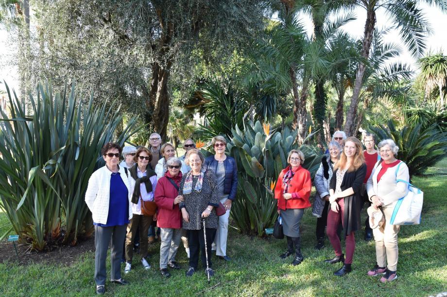 Une quinzaine de botanistes amateurs a participé aux balades proposées par l'office de tourisme.