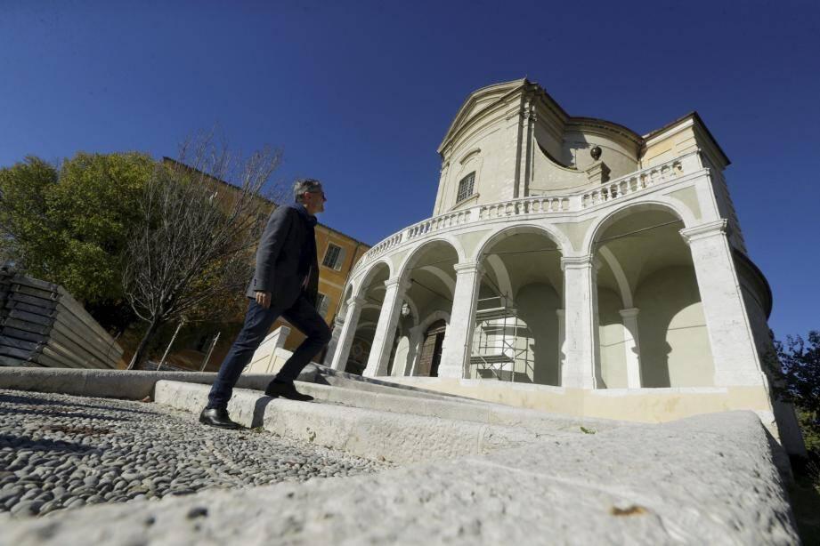 Escalier, façades, toiture et les extérieurs de l'abbaye Saint-Pons ont été réalisés. Les travaux se concentrent à l'intérieur pour rénover tableaux et mobilier.