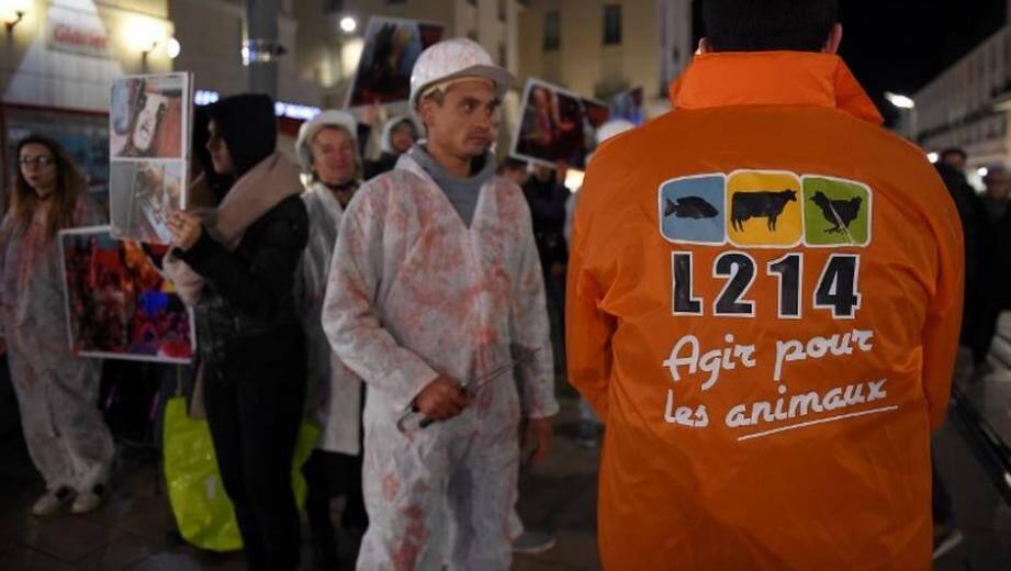 Des membres de l'association L214 lors d'une manifestation.