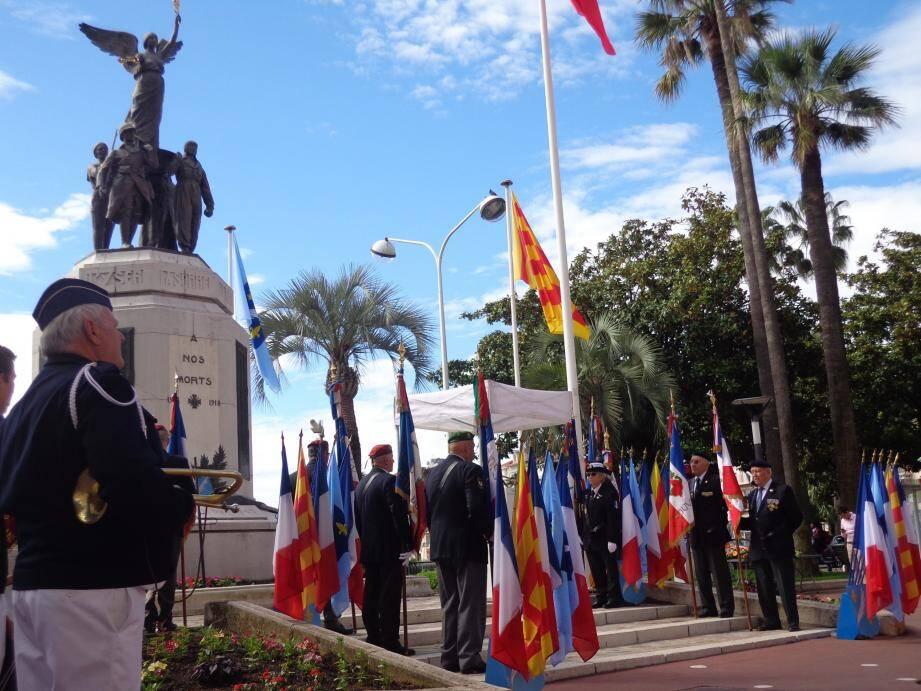 Comme à chaque cérémonie patriotique, les porte-drapeaux seront présents aux différents monuments aux Morts de la ville.