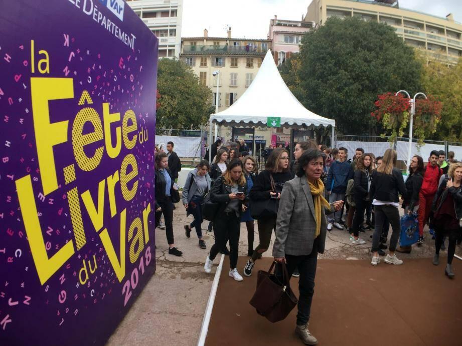 La Fête du livre du Var a ouvert ses portes à Toulon, ce vendredi 16 novembre.