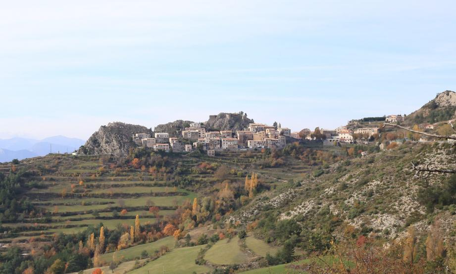 Le village d'Ascros.