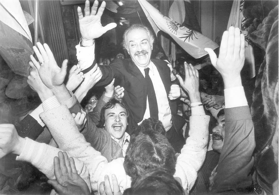 Jacques Médecin en 1983, au soir de sa réélection, dès le 1er tour des municipales.