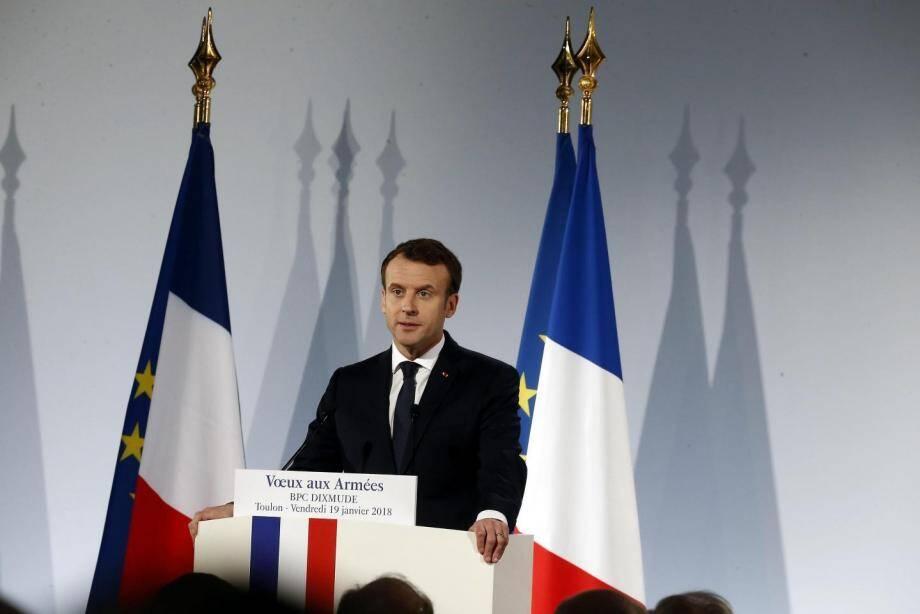 Emmanuel Macron à bord du BPC à Toulon en janvier 2018.